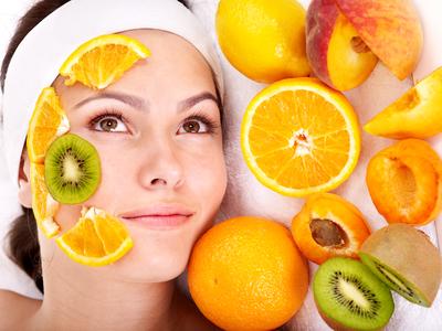 καθαρισμός με οξέα φρούτων
